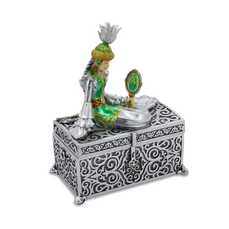 Dowry jewelry box