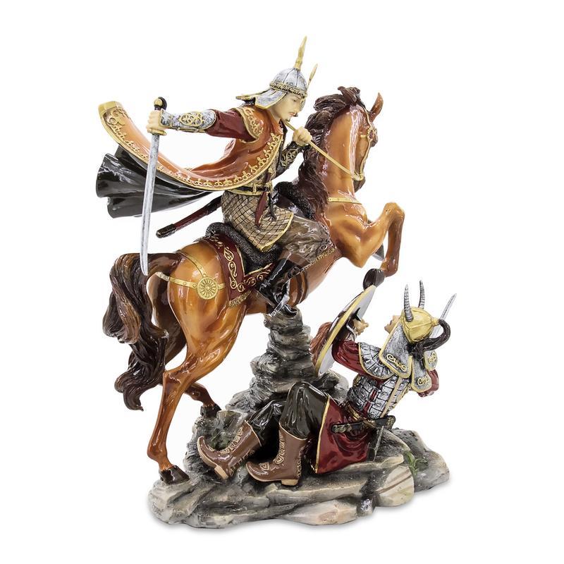Mansur figurine