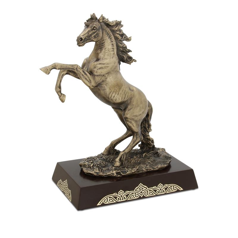 Taiburyl horse figurine