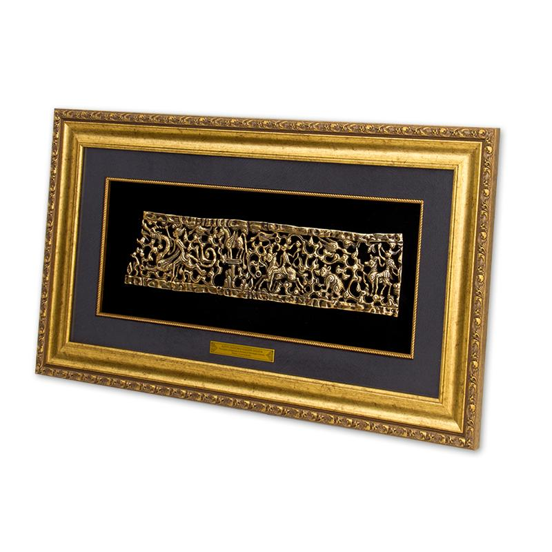 Gold Diadem wall panel